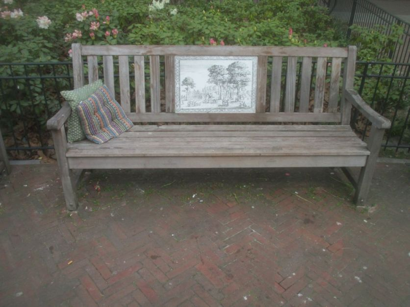 Not exactly common or garden park benches, Den Haag.