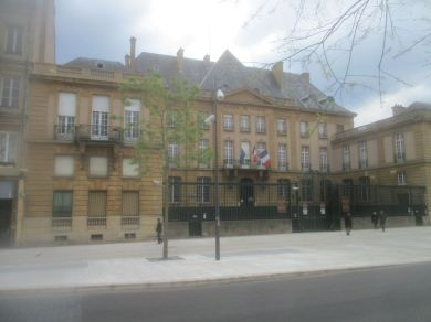 I think this is the Town Hall.