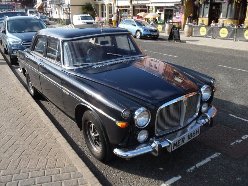 Old Rover car seein in Ramsgate.